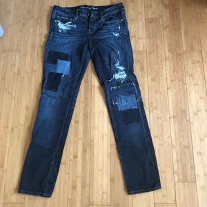 American eagle distressed/patches stretch jeans
